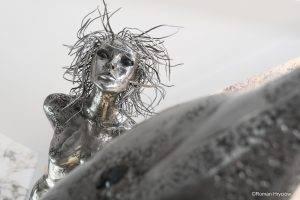 rzeźba z metalu